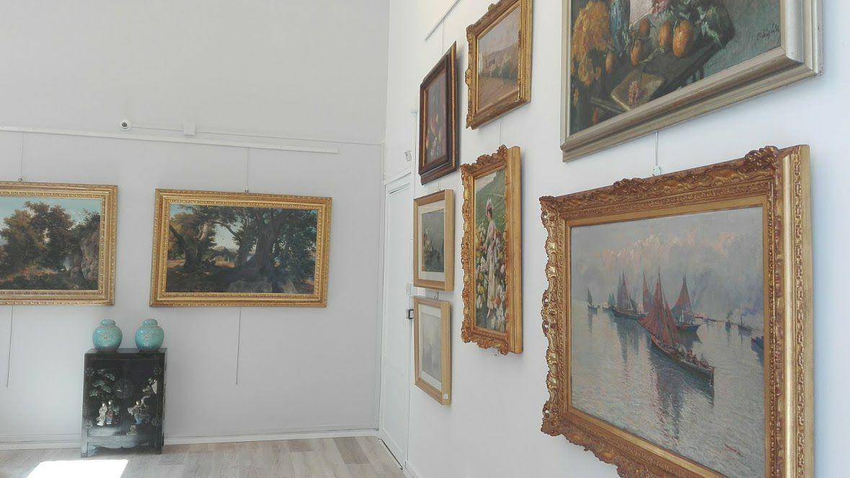 Valutazione quotazione stima dipinti quadri sculture - Stima mobili antichi ...